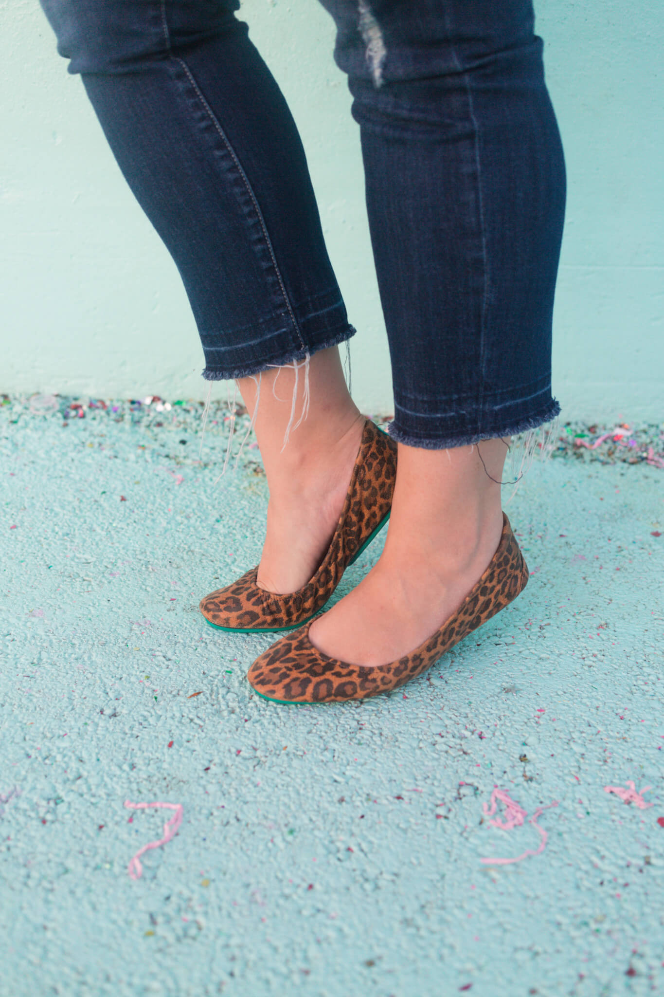 My leopard print Tieks are the perfect addition to my casual fall outfits. | Something Gold, Something Blue a curvy fashion blog by Emily Bastedo