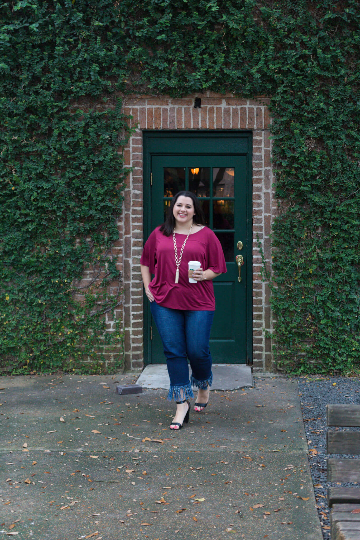 Fringe is one of my favorite trends of this season and I am so excited to have found a fabulous pair from Eloquii to pair with my burgundy Old Navy top and Kendra Scott chain necklace for my recent blog post on Something Gold, Something Blue, a curvy style blog by Emily Bastedo.