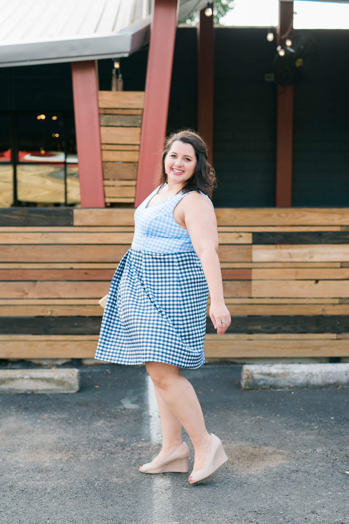 Attending friend's weddings are always a ton of fun, espcially when you get to wear gorgeous and comfortable gingham print dresses. - Something Gold, Something Blue a curvy style blog