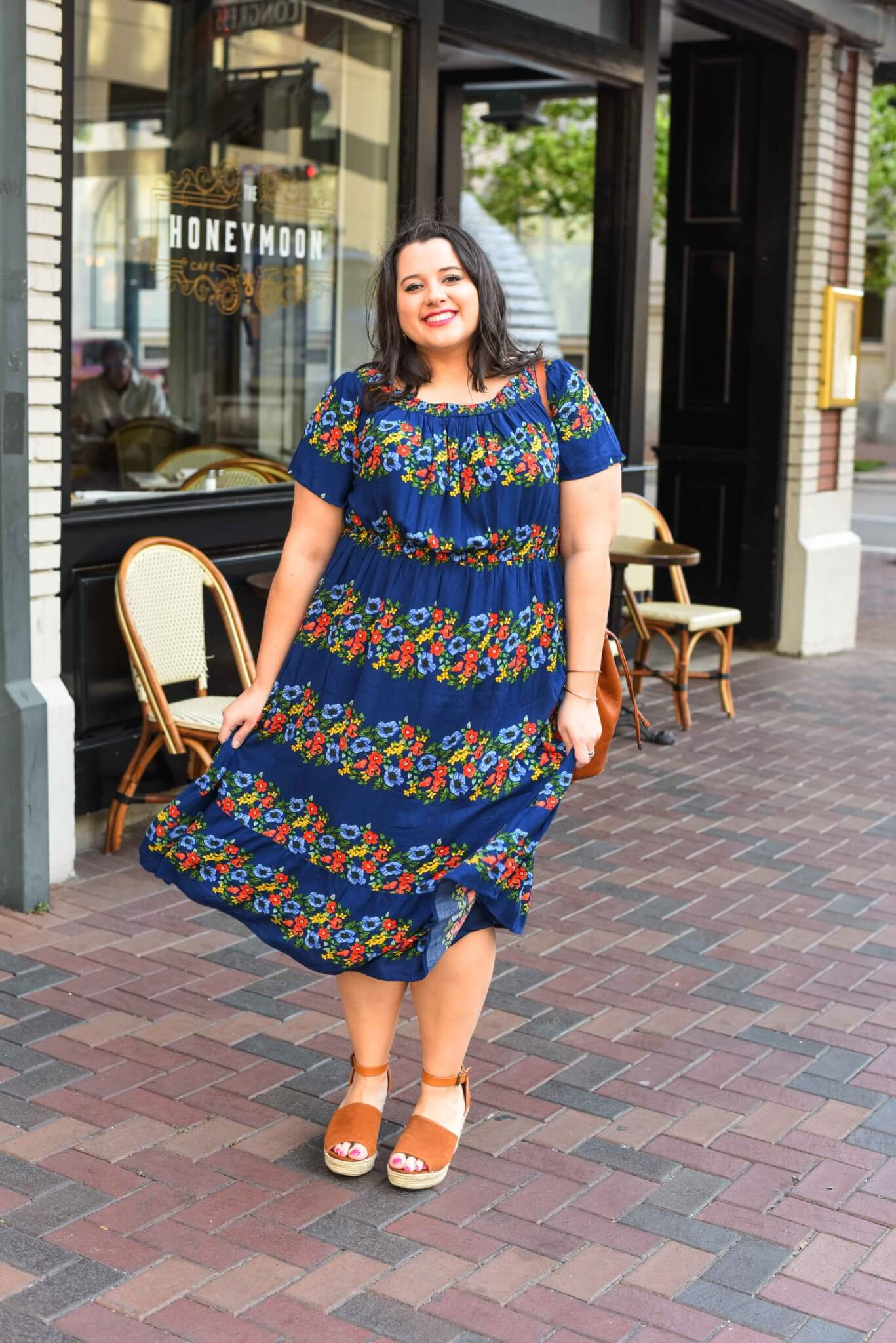 Floral prints are one of my favorite trends this spring season. And this gorgeous off the shoulder dress is one of the gorgeous ways that I am wearing the spring trend this season. Spring style, spring fashion, plus size style, plus size fashion
