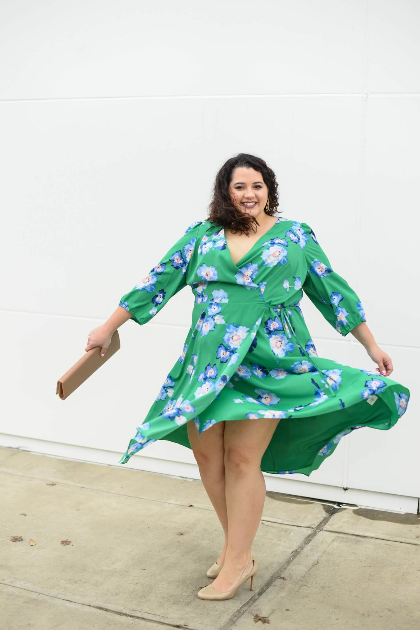 Easter weekend is just around the corner and this green floral plus size faux wrap dress is the perfect Easter Dress.