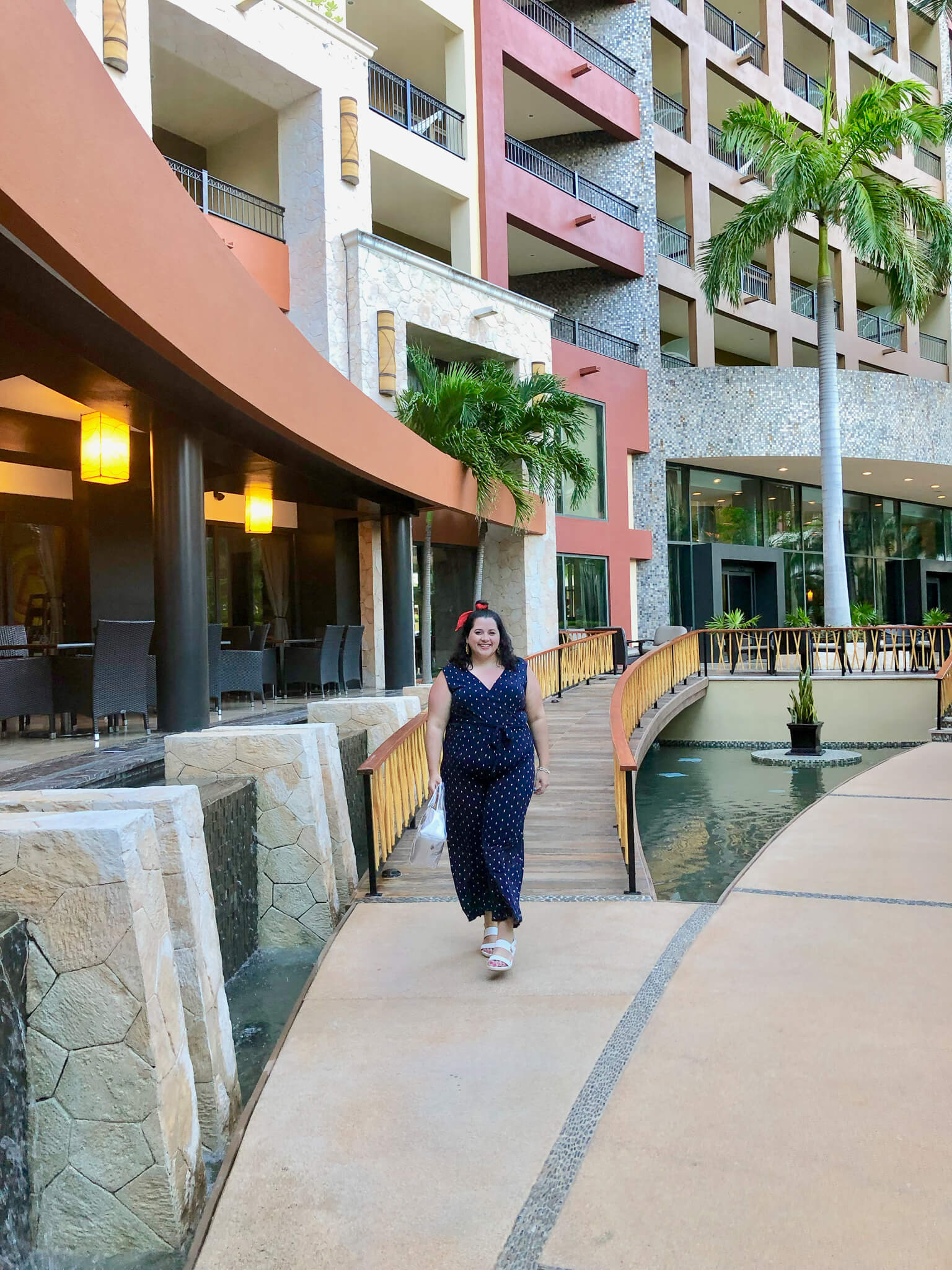 An honest review of the Villa del Palmar Cancun including whether or not you should do the All Inclusive or A la Carte meal packages