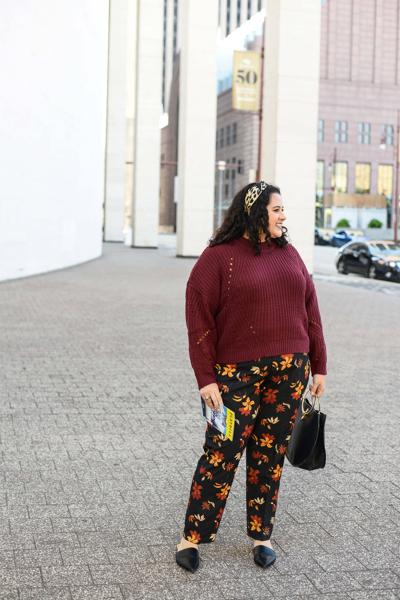 Going to the theater has always been one of my favorite things to do and the Eloquii Kady pants make for the perfect base for an outfit.