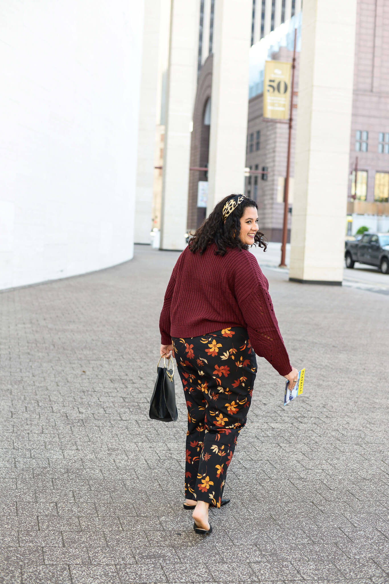 I love being able to be creative when dressing for a musical or play when going to the theater. These printed floral pants is perfect for any plus size ladies wardrobe.
