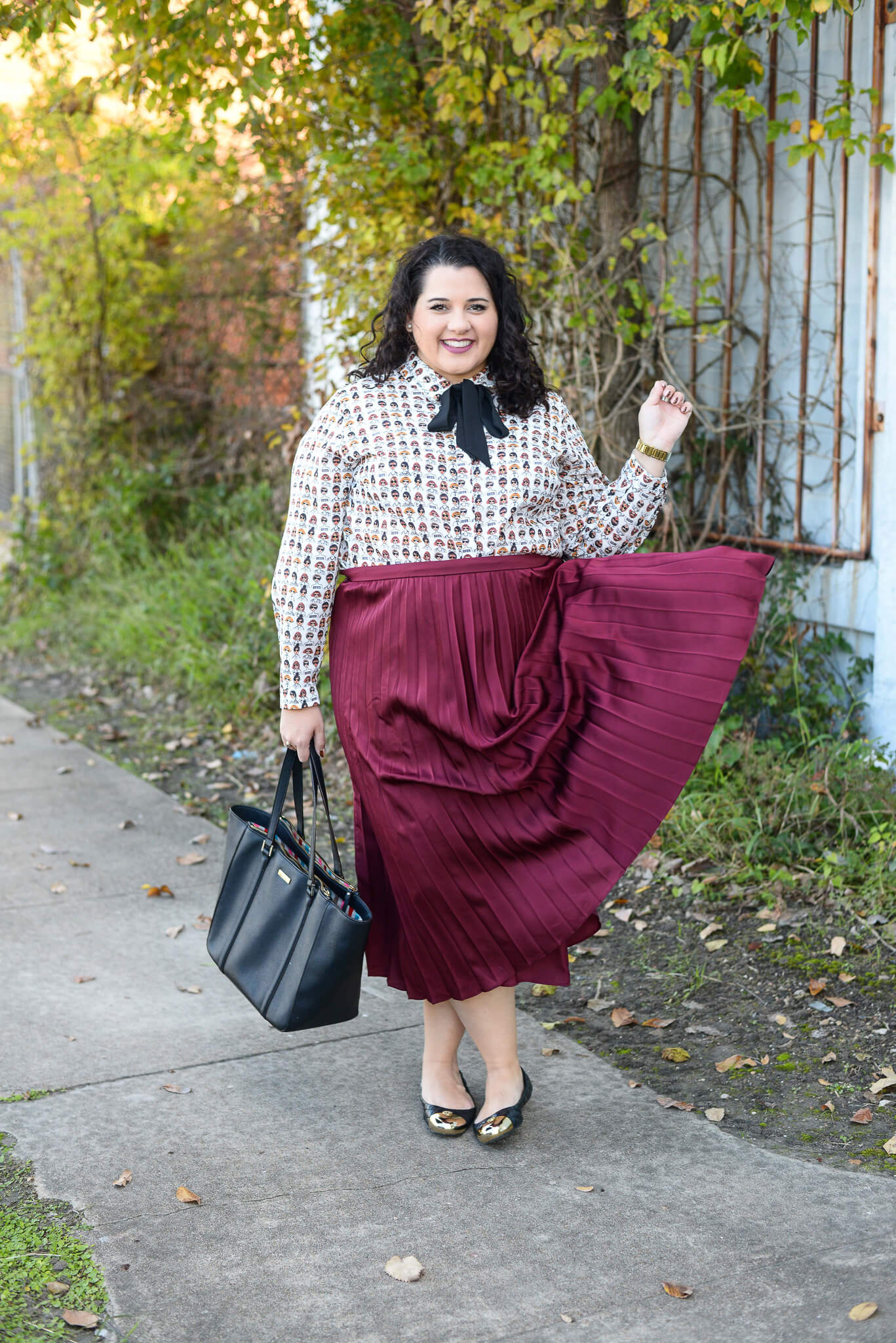 How to wear a statement piece to work as a plus size babe