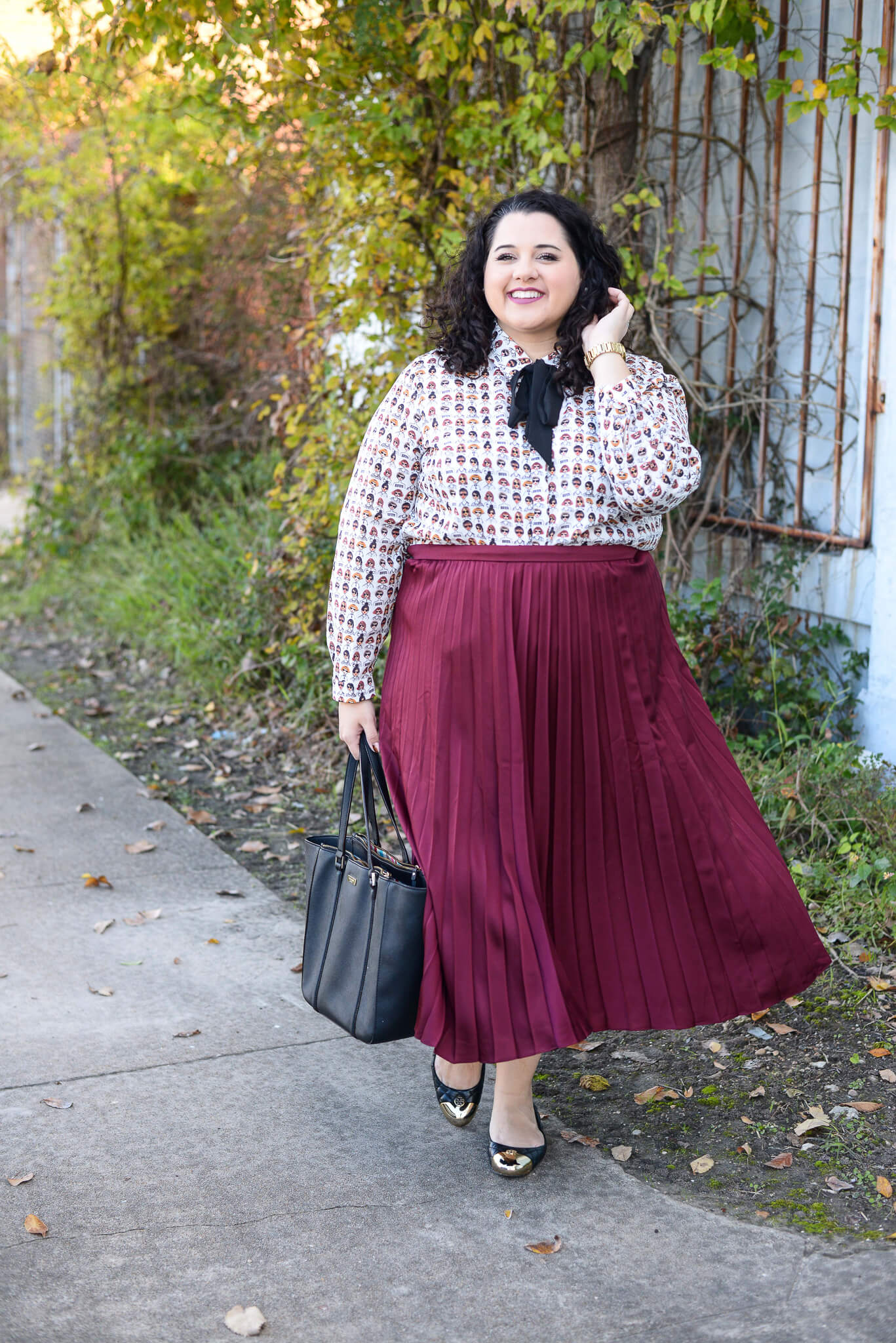 Maroon pleated plus size skirt