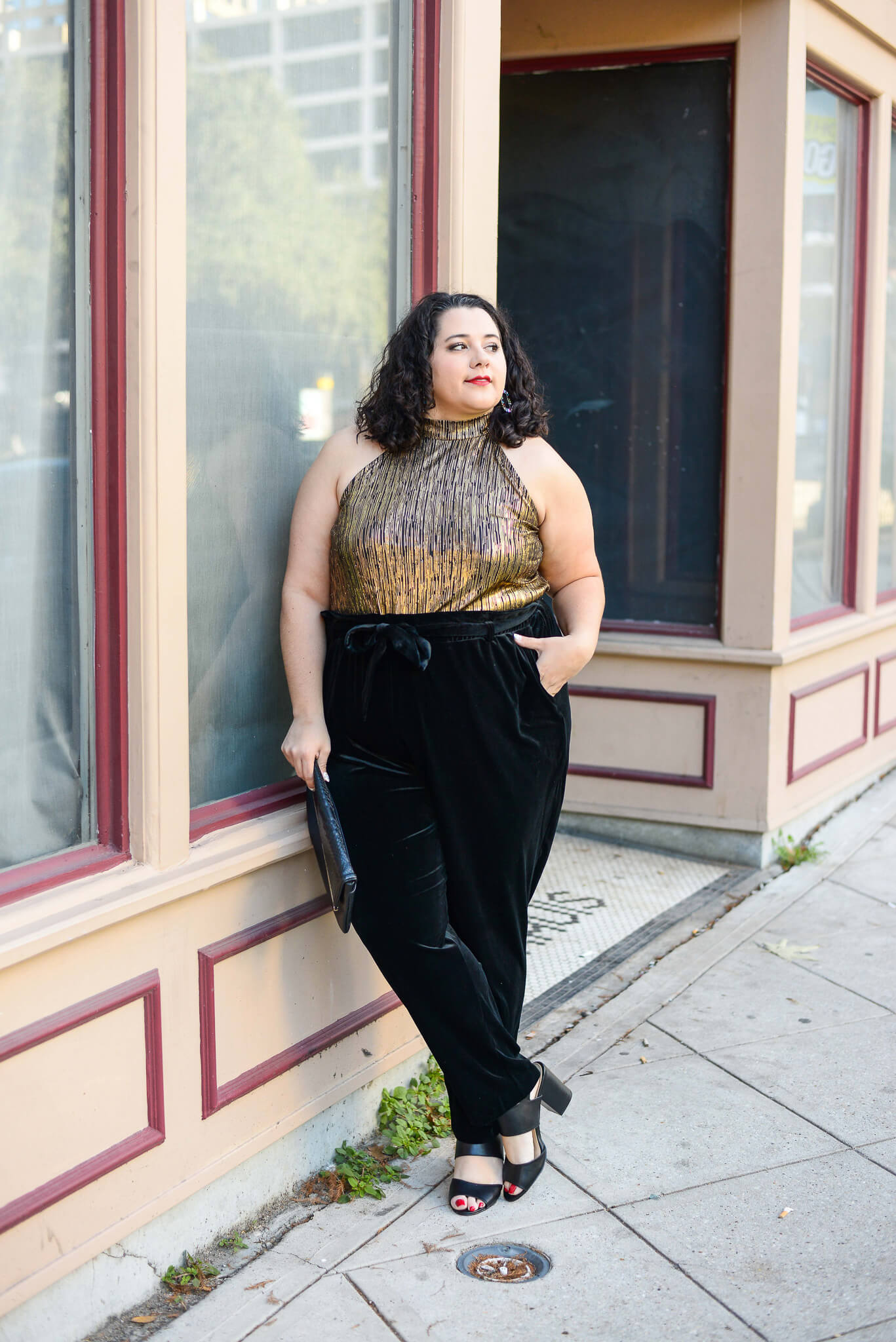 Day dreaming about these plus size black velvet pants