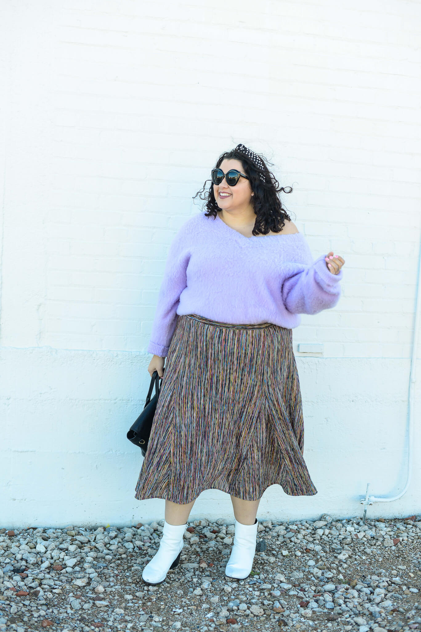 How to wear a purple sweater plus size