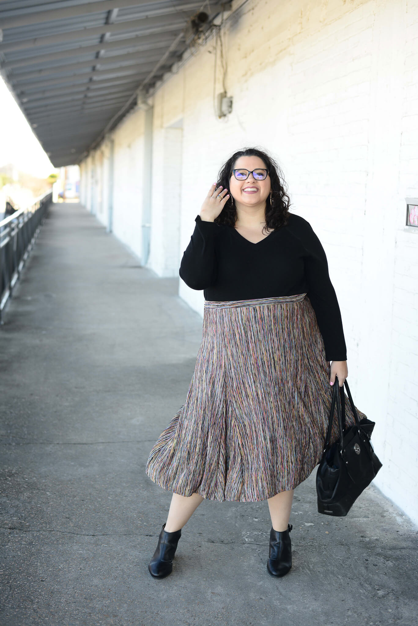 How to wear a plus size skirt
