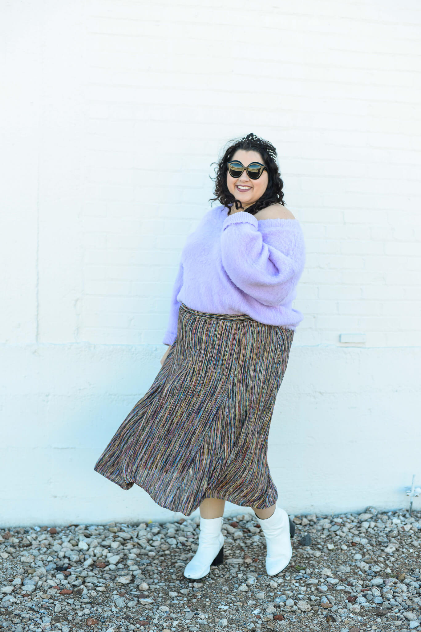 How to style a colorful plus size skirt